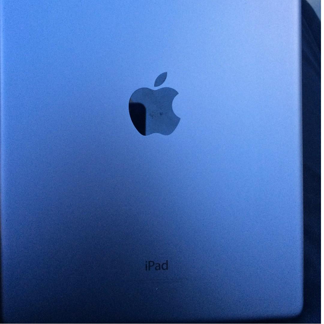 Apple Ipad Air 1 16gb wifi only