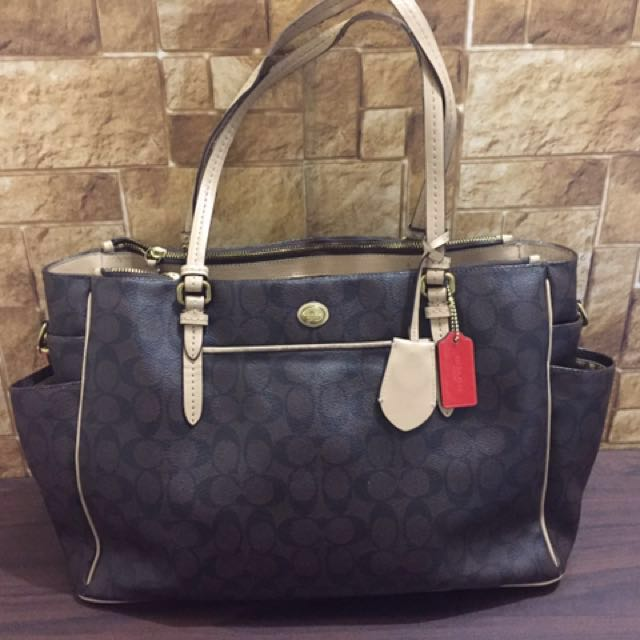 Authentic coach handbag/baby bag (2in1)