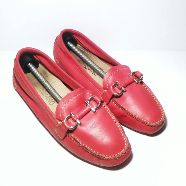 Authentic Salvatore Ferragamo Loafers Leather In Red