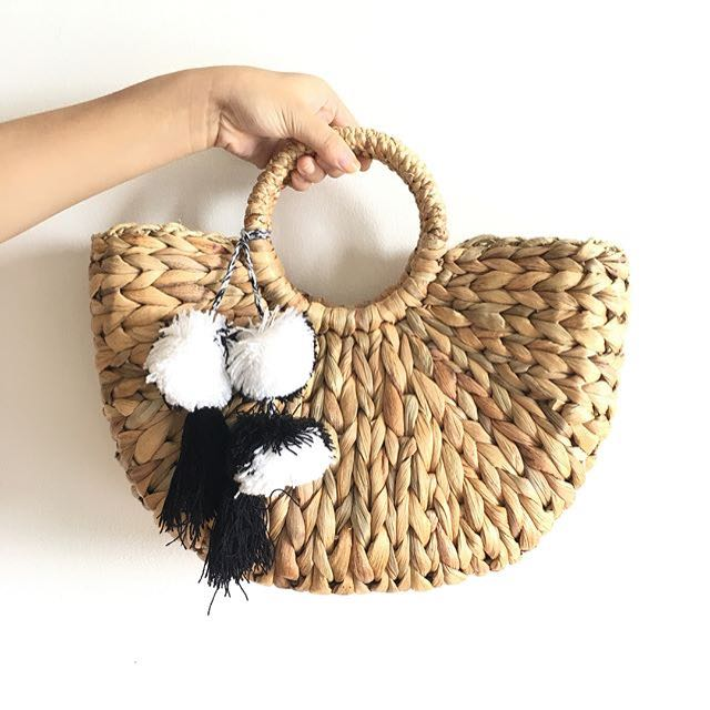 Beach straw hand bag