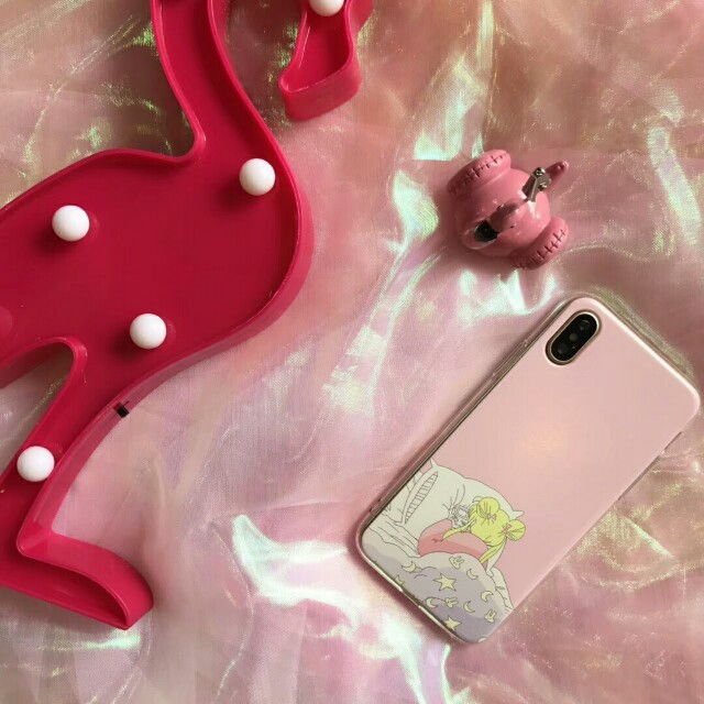"""""""Beauty Plays Games in Bed"""" High Quality Durable Soft Shell Phone Case For iPhone 6/7/7plus/8/8plus/X"""