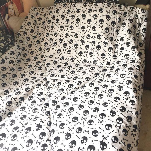 Bedcover skull tengkorak 120 x 200