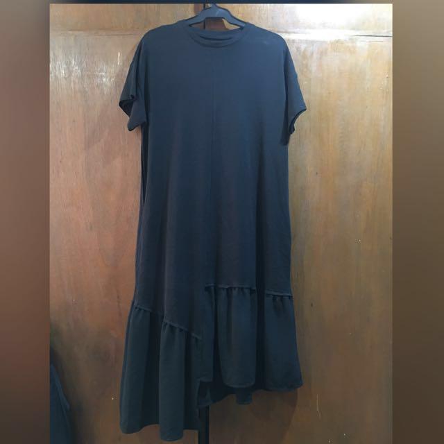 Black Dress (Plus Size)