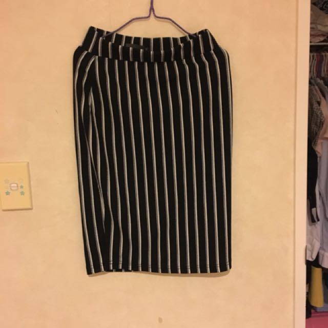 #BlackFriday50 Mirrou Skirt