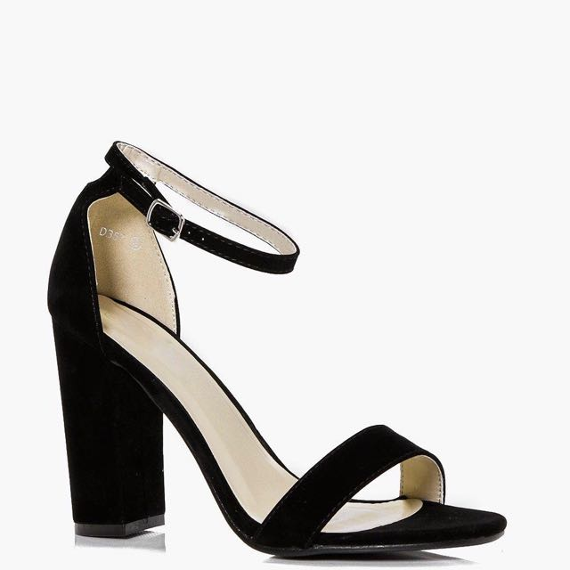 BNWT Eleanor Heel
