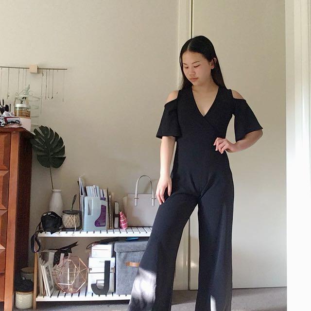 Boohoo petite - Black jumpsuit