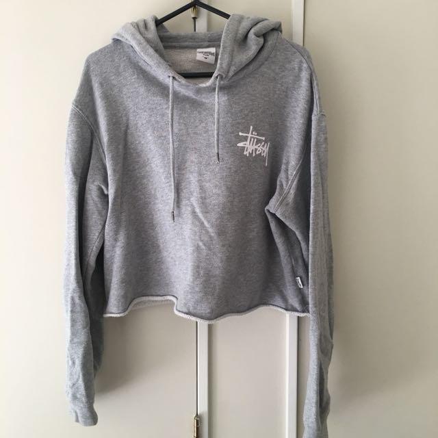 Cropped stussy jumper