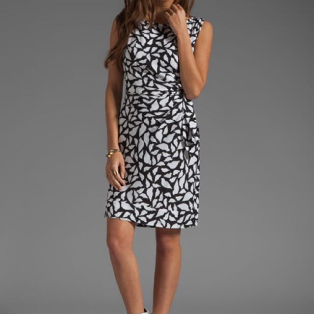 Diane Von Furstenberg New Della Silk Shift Dress