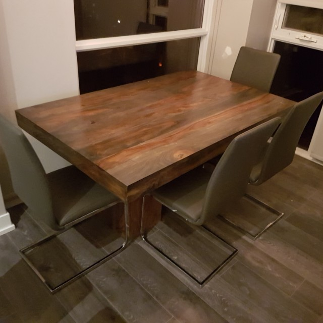 Dining room table from artemano. Slightly used dining room table