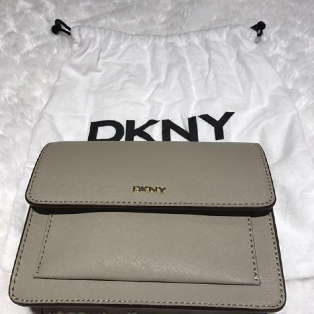 DKNY small hip bag