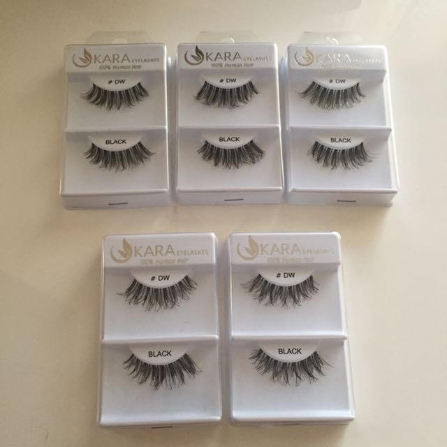 False eyelashes demi wispies