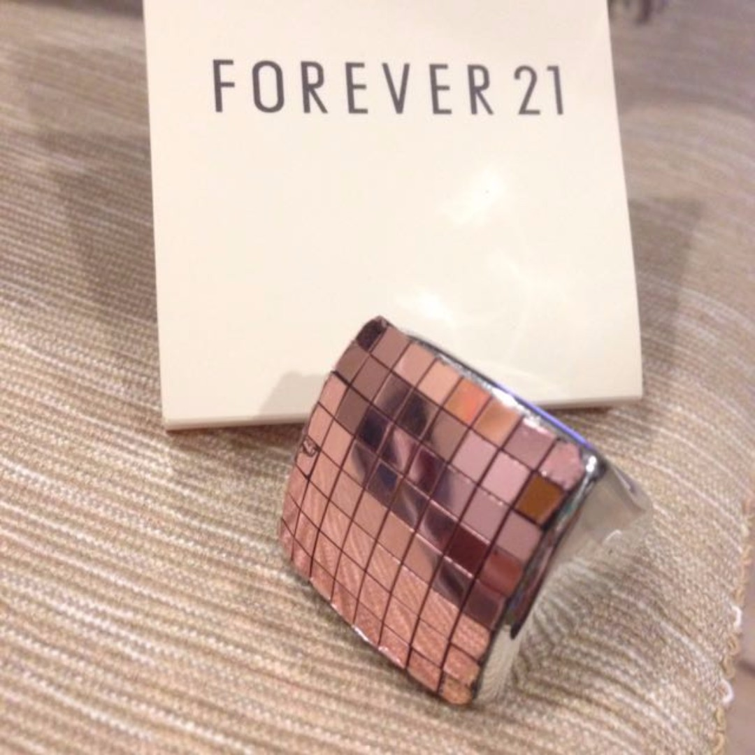 forever 21粉紅方形大戒指