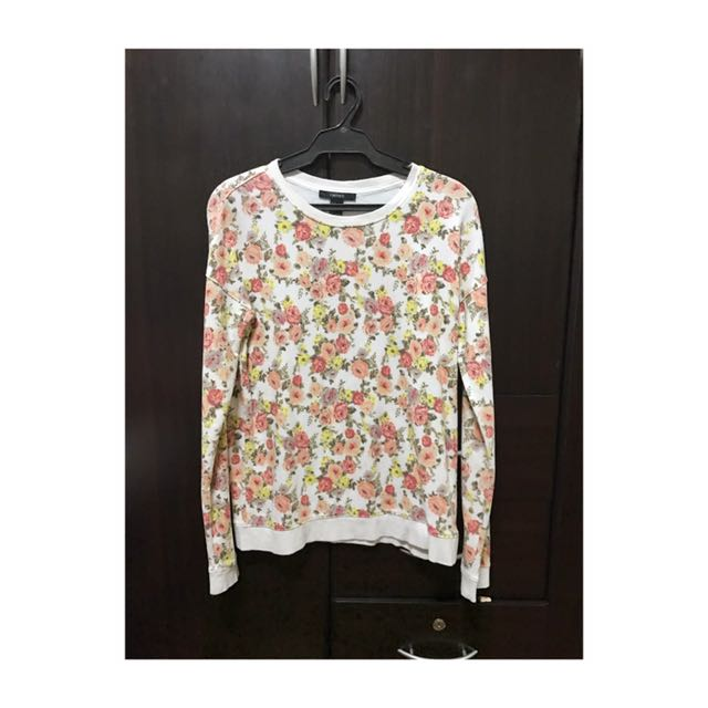 FOREVER 21 Floral Sweater