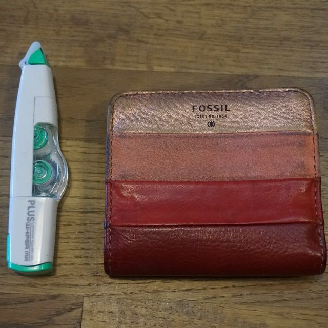 fossil錢包 二手 送AA髮帶