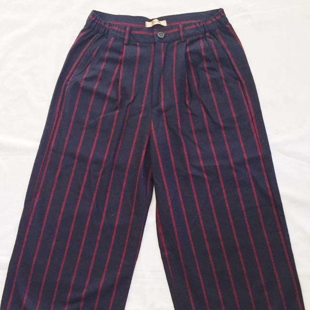GRAFFITI Wide Legged Pant (Navy)