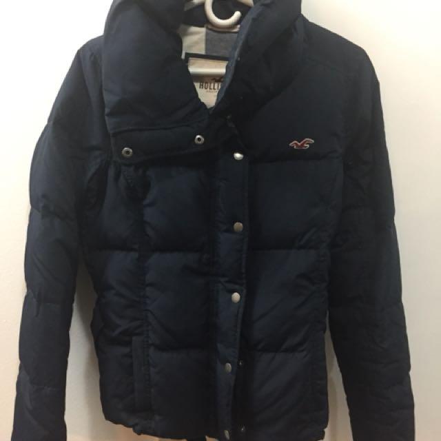 Hollister women's size L down jacket