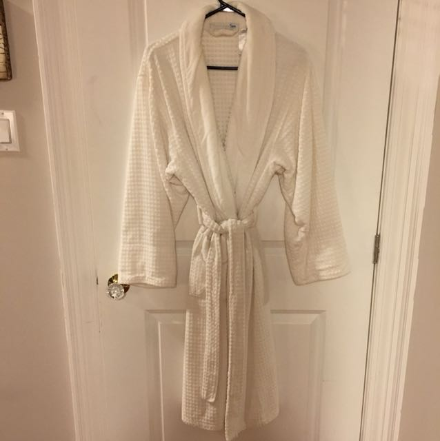 Kay Anna Spa Robe, never worn