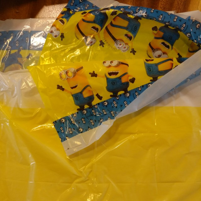 Carousell & Minion table cover