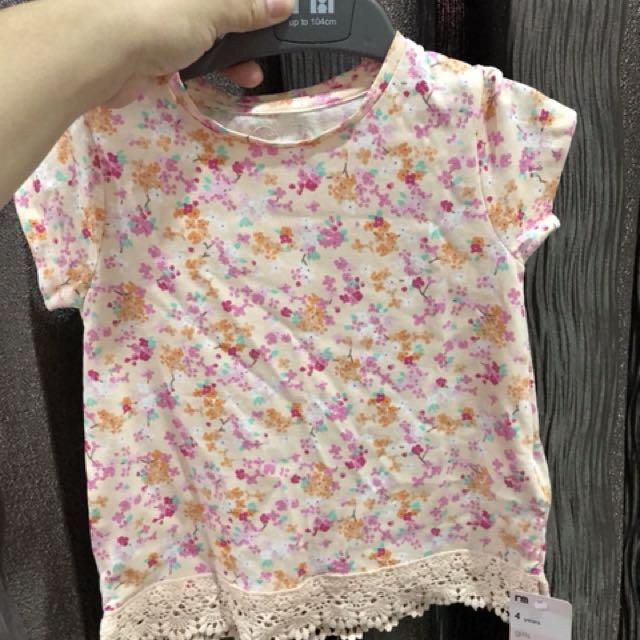 Mothercare t- shirt