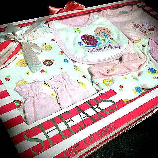 b7d67e6f843d NEW SHEARS Baby gift set pink (Gift wrapping is FREE for this item ...