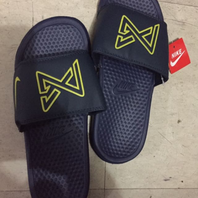 4489deb82 Nike Paul George Slips On (Navy Blue Yellow)
