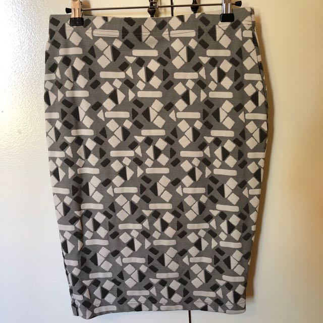 One size metalicus skirt