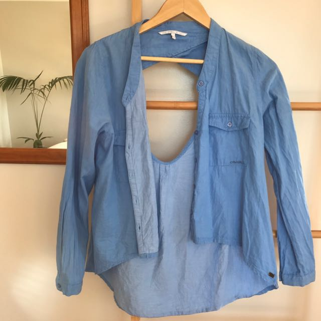 O'Neill shirt with open back