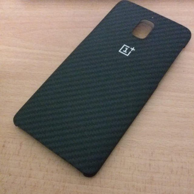 new style 96ca1 29d15 Oneplus 3/3T official Karbon case