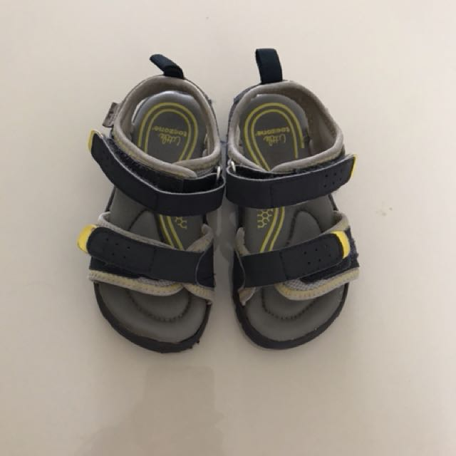 Osh kosh sandal