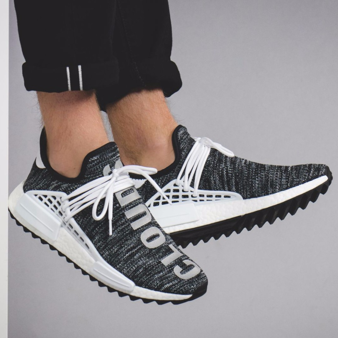 official photos 1e870 29580 WTS/ WTT Pharrell Human Race NMD Oreo UK 8/ US 8.5, Men's ...