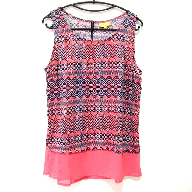 Princess by VERA WANG Tribal Tank Top