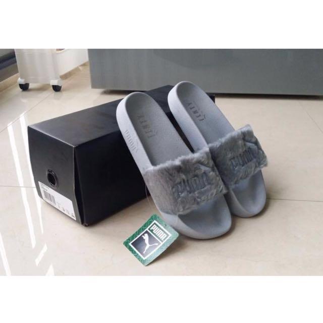best website 74a55 1b8f5 Puma Fenty Fur Slides, Women's Fashion, Shoes on Carousell
