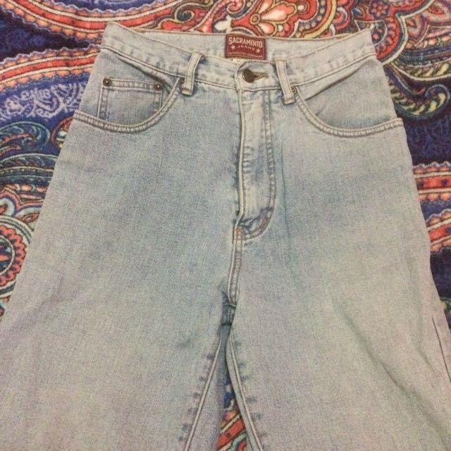 Repriced!! Sacramento Mom Jeans