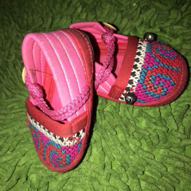Sepatu Sulam Krincingan