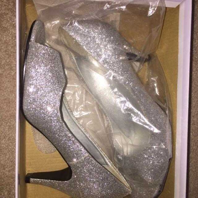 Shiny Heel