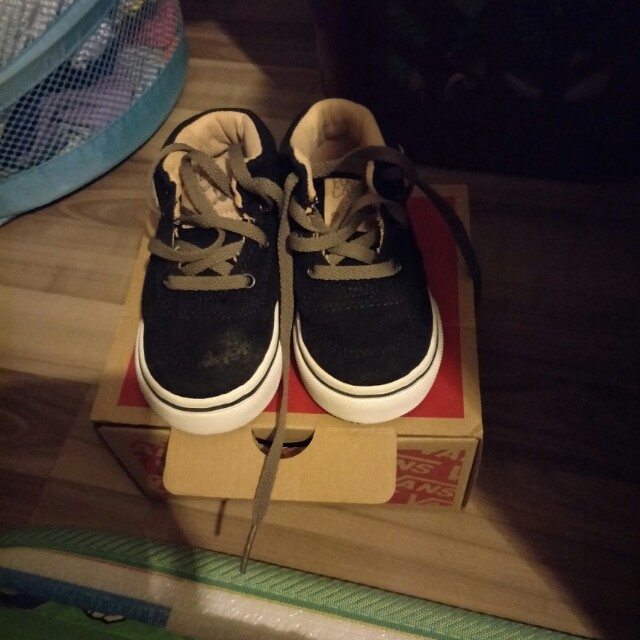 7e54bb11d7 Vans Half Cab Toddler Shoe