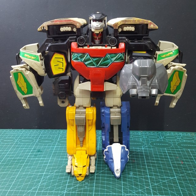 Vintage 1991 Mighty Morphin Power Ranger Megazord & Dragonzord