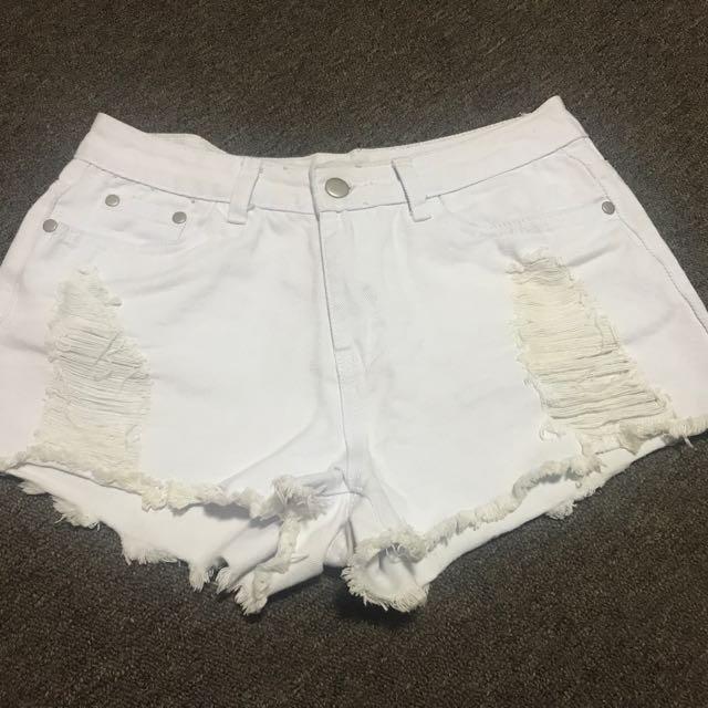 White denim shorts size 10