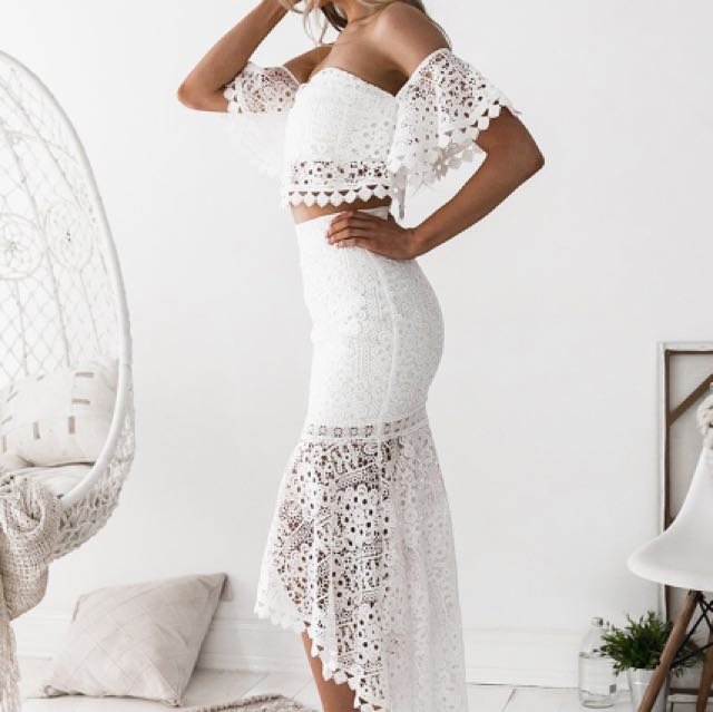 White lace 2 piece
