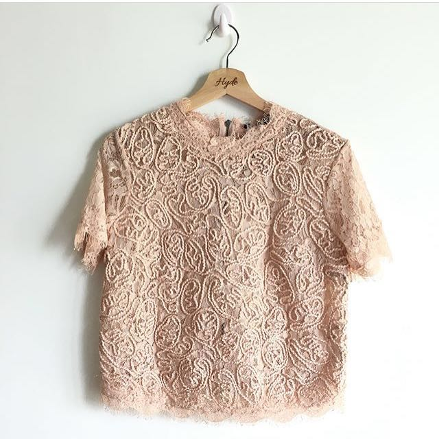 Zara embroided beige top