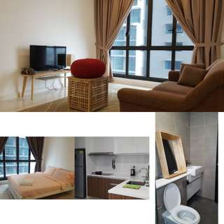 JB Luxury Condo Promo! Infinity Pool!! 2 bed-rooms!! For just $65sgd/night!!!