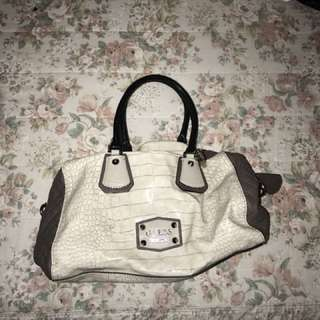 Guess bag- used