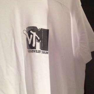 Unisex MTV tee
