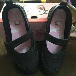 Hello Kitty School Shoes