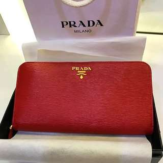 *Authentic* Red Gold Leather Wallet PRADA
