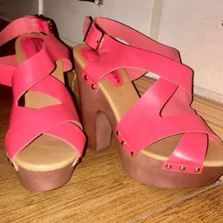 U.S. Shoes size 8