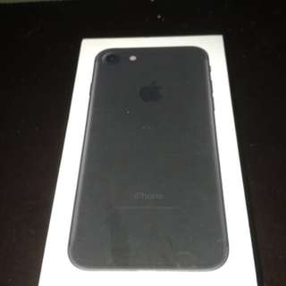 iPhone 7 32 gb mint condition unlocked