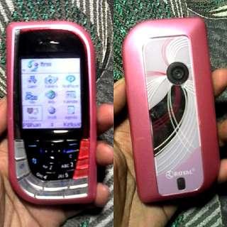 Nokia 7610 pink