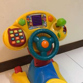 Preloved Vtech Grow and Go Ride On