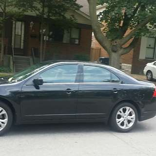 2012  Ford  Fusion, KM  88000, Both  brand new  only  one  owner